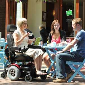 silla-de-ruedas-electrica-r320-