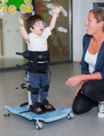 Bipedestador Infantil : Posicionamiento para la Salud y la Independencia