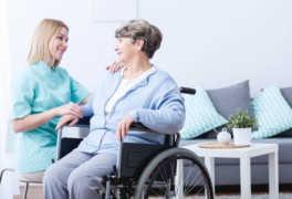 Comprar una Silla de Ruedas para una Residencia de Ancianos